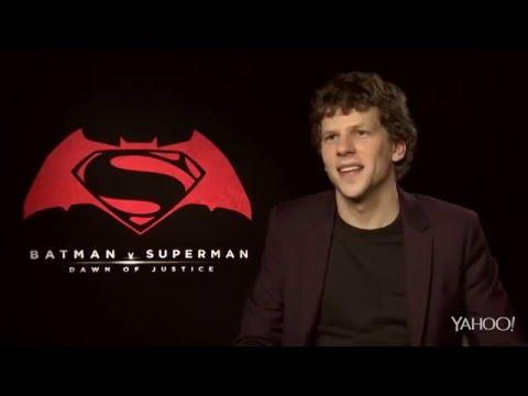 Zack Snyder, Henry Cavill & More Respond To Poor Batman V Superman Reviews