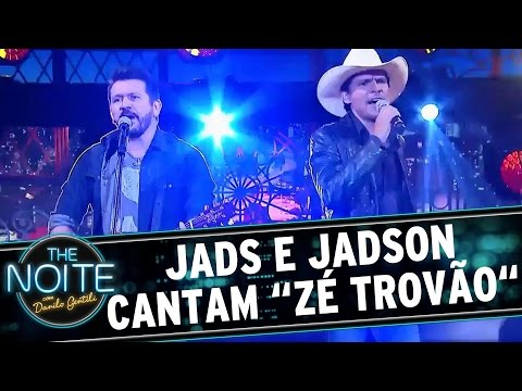 "The Noite (28/09/16) - Jads e Jadson cantam ""Zé Trovão"""