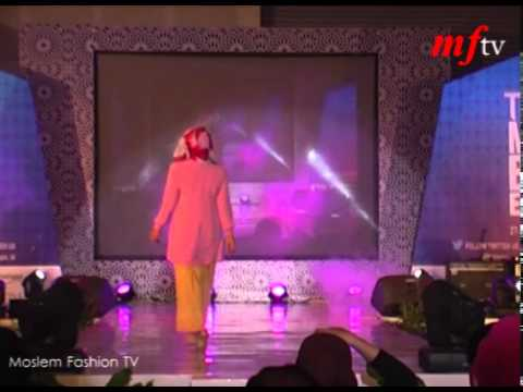 Fashion Show di Indonesia Moslem Fashion Expo (d/h TMB)