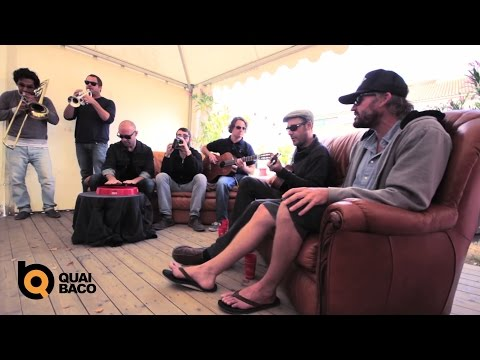 "Mad Caddies - Session Acoustique - ""The Bell Tower"""