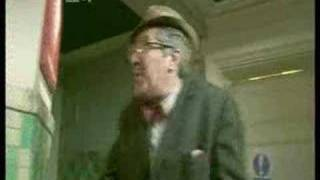 Comedy Cuts - Count Arthur Strong - Episode 1