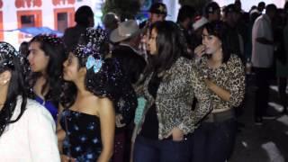 Repeat youtube video Vuelta en la plaza 2013