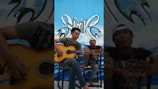 Slank Sympathy blues akustik cover by McQ and Yani