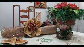 Decoração com reciclagem de garrafa PET e casca de coqueiro por Darci Borges