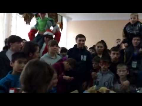Kids at the Zholymbet Orphanage receive New Year gifts from the Global Shapers Groznyi Hub!