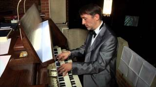Organist Olivier Latry plays Widor Symphonie No. 5 Allegro Vivace