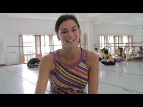 La bailarina de pelo corto de Tinelli que enloqueció Twitter
