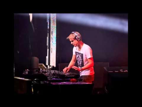 Armin van Buuren - Live at Armada Night in Club Amnesia, Ibiza (12.07.2005)