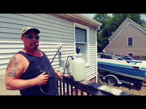 Clean vinyl siding on your house no power washer