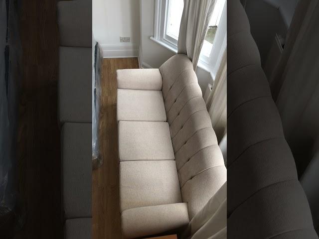Massive Large Room with Sofa  (Tulse Hill) Main Photo