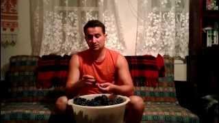 Дробление ягод | Домашнее вино своими руками | Эпизод 2