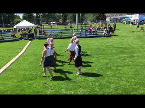 Reel of the Royal Scots - Naramata Scottish Country Dancers