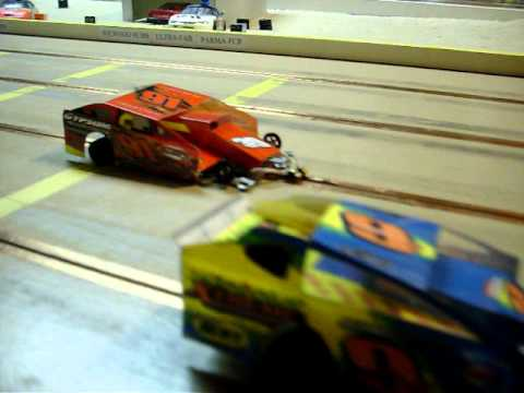Dirt Oval Slot Cars Hammer N Hanks Raceway Youtube