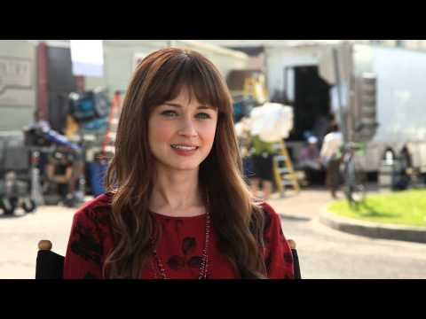 Cast Interview - Alexis Bledel - Tell us about your character Molly.