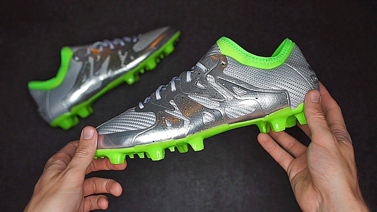 60f23d8bf6c Gareth Bale adidas X15 Football Boots Unboxing - YouTube