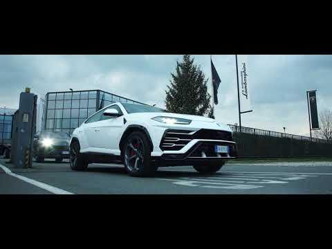 Lamborghini Christmas Drive - Unravel Travel TV