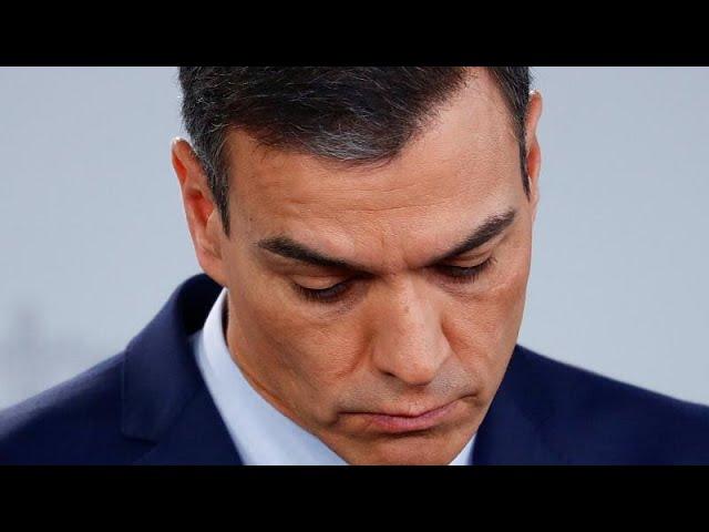 <span class='as_h2'><a href='https://webtv.eklogika.gr/ispania-pos-antidra-i-antipoliteysi-stin-prokiryxi-eklogon' target='_blank' title='Iσπανία: Πως αντιδρά η αντιπολίτευση στην προκήρυξη εκλογών…'>Iσπανία: Πως αντιδρά η αντιπολίτευση στην προκήρυξη εκλογών…</a></span>