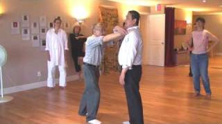 Tai Chi moves and martial arts applications 29 seg 2 2 finger pressure point defense