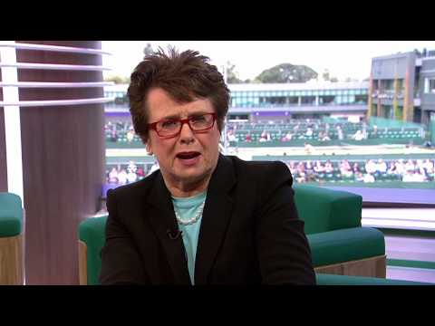 Billie Jean King Congratulates Roger