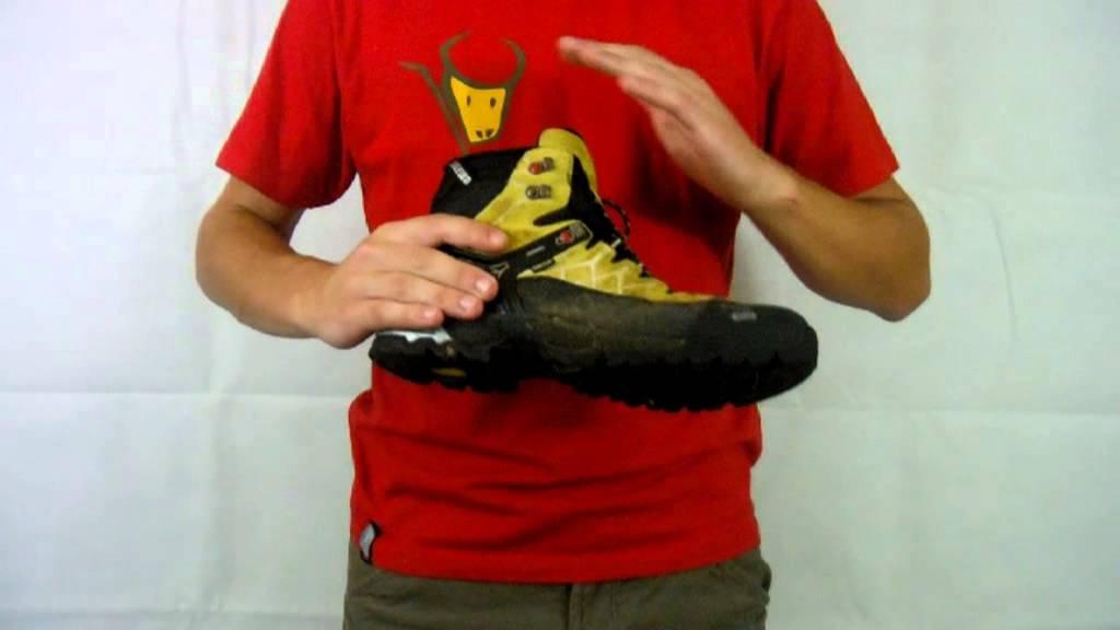 Review - Salewa Alp Trainer Mid GTX - YouTube e5e27c8f74