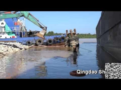 ship docking in Malaysia using ShunHang airbag