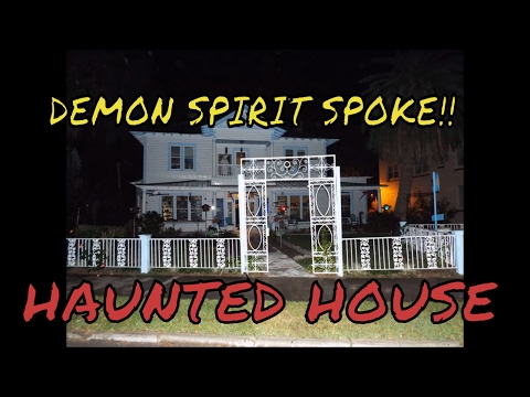 CONTACT WITH A DEMON SPIRIT IN THIS HAUNTED ART GALLERY!!  (VERY CREEPY EVP)!!