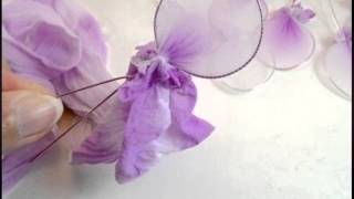 Цветы из капрона. Цветы из капрона своими руками мастер класс(Цветы из капрона. Думаете как сделать Цветы из капрона своими руками ? Мастер класс. Посмотрите это видео..., 2015-05-05T12:53:17.000Z)
