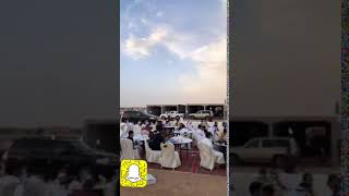 فيديو.. جماهير النصر تتناول الإفطار في ساحات ملعب إستاد الملك فهد