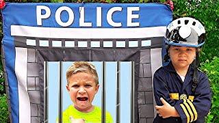 Diana y Roma Juegan a la Policia - reglas simples para niños