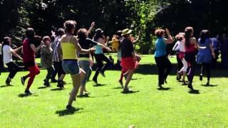 Billy Ze Kick   Flashmob  Super Filles