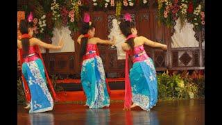 Tari Gambyong Ayun-Ayun (gending ceria)