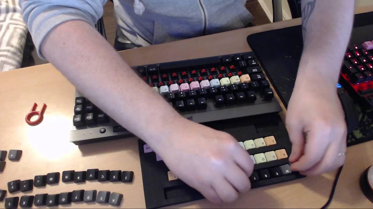 Installing custom keycaps on my Corsair K65 - YouTube