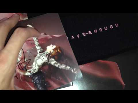 Lindsey Stirling SIGNED Deluxe Vinyl Unboxing