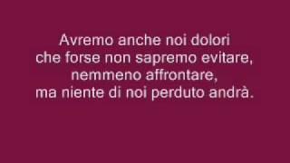 Laura Pausini- Con La Musica Alla Radio  Con Testo