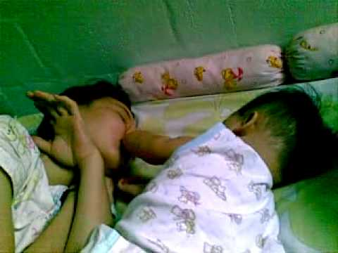 Bangunin mama tidur
