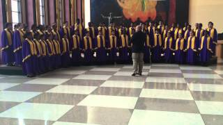 AT THE ROUND EARTH'S IMAGINED CORNERS • CENTRAL ISLIP CONCERT CHOIR