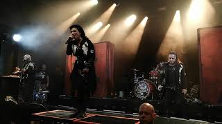 LACUNA COIL (live at ARENA VIENNA 2019-12-08) 07 Sword of Anger - 08 Heaven's a Lie
