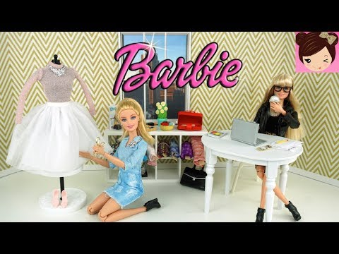 Barbie Fashion Designer Stylist Routine - Dress up and Play with Barbie Dolls