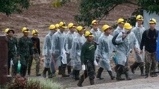 Soccer team rescue mission in Thailand in its third day