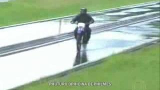 Pilotando Moto na Chuva Carpe Dien Mototurismo