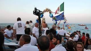 Monasterace (RC) Festa di Maria SS di Portosalvo: entrata della Madonna in mare!