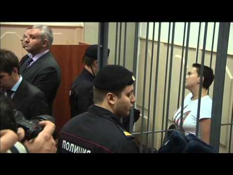 Ukraine Female Pilot in Russian Court: Captured Ukrainian officer Savchenko appears at Moscow