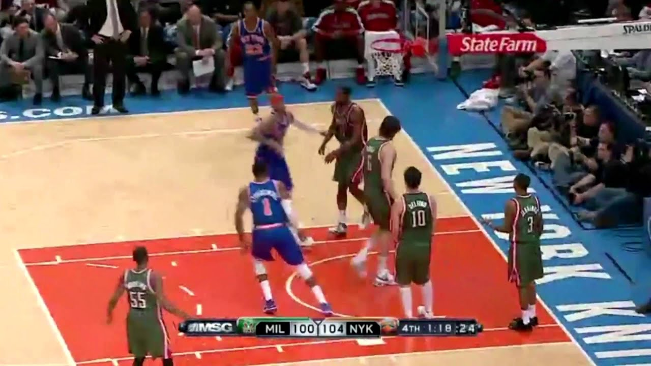 carmelo anthony dunking in his knicks debut youtube