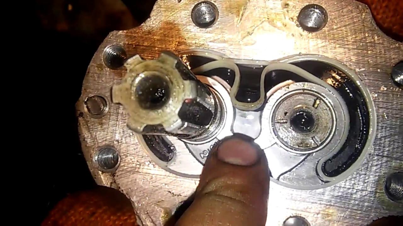 Шестеренчатый насос (изменение вращения)