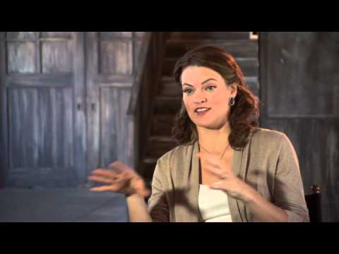 """A Haunted House 2: Missi Pyle """"Noreen"""" On Set Movie Interview"""