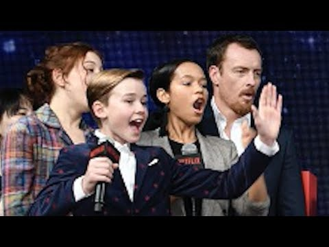 Toby Stephens, Molly Parker, Maxwell Jenkins/Lost in Space Japan Premiere
