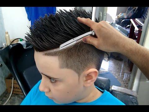 Geazi Barbeiro Cortes De Cabelo Masculino Degradê Barba Riscos E Desenhos