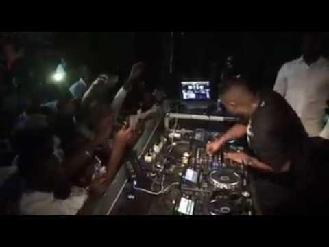Dj Shimza na Discoteca Black Star / Angola