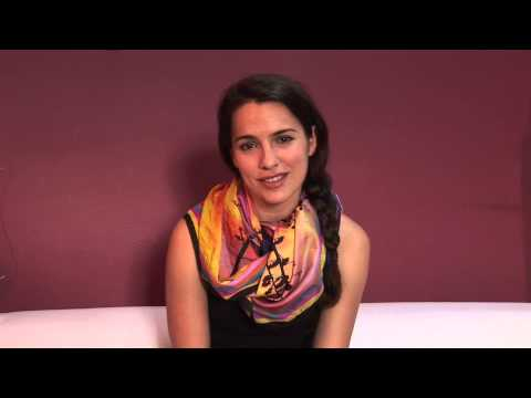 COMMITTED Melia Kreiling Interview (Greek)