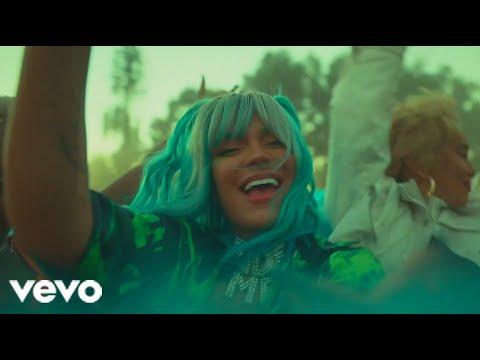 KAROL G – Sola Es Mejor (Music Video)